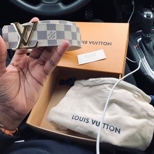 d46ff239d835 Louis Vuitton DAMIER azur belt 32-34